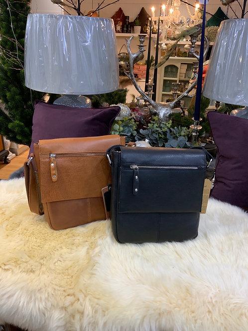 Ashwood Leather Ted Messenger Bag