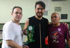 Sinuca premia vencedores de Torneio