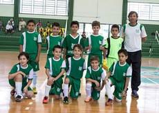 Sub-10 e sub-12 vencem partidas da Copa Interclubes de Futsal