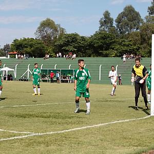 Jogos de futebol no estádio Thelmo de Almeida