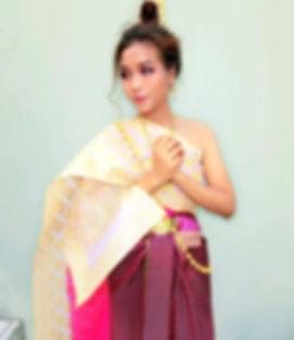 thai costume tour_edited.jpg