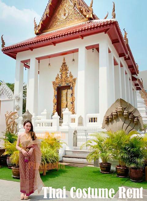 Thai costume pinder.jpg