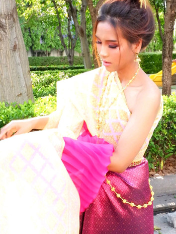 Thai Costume (2).jpg