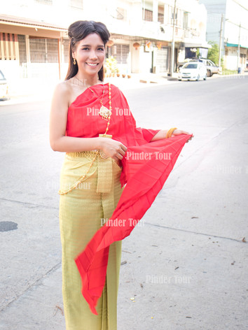 Wear Thai Costume photoshoot tour.jpg