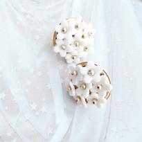 Mini Daisy 🌻🌻💐💐 . For our Daisy lovers 💛 Handmade fine white porcelain 💛