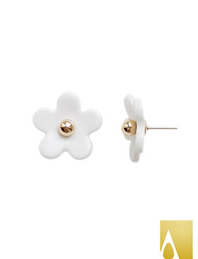 Everyday Porcelain Daisy Stud Earrings