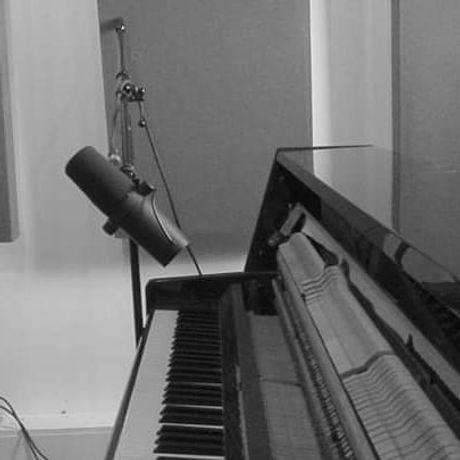 Live at Unit Studios