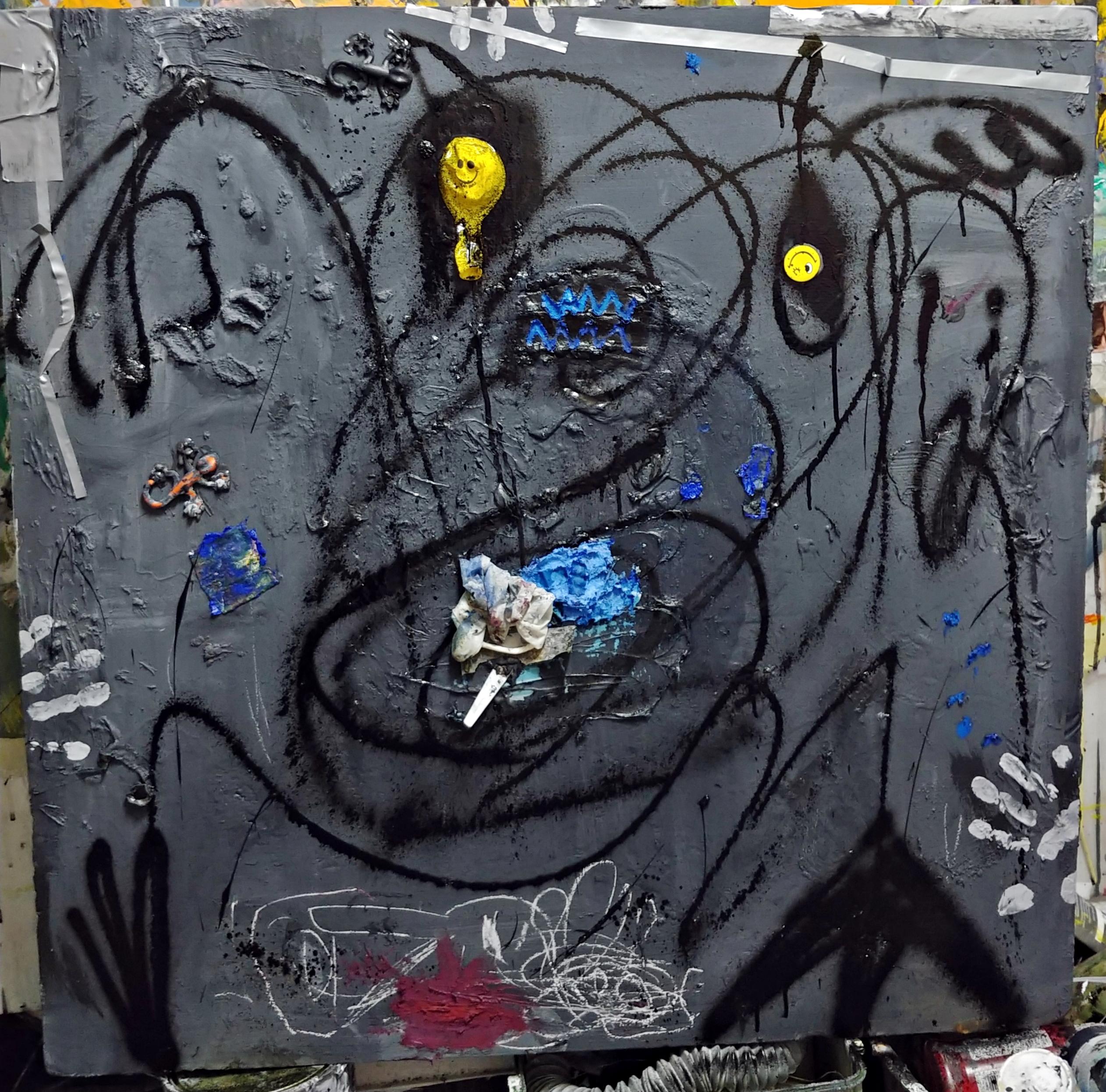 Ugly Duckling 29, 90cm x 90cm, 풍선, 유화, 락카, 분필, 면테이프, 플라스틱 on 아이소핑크, 2017