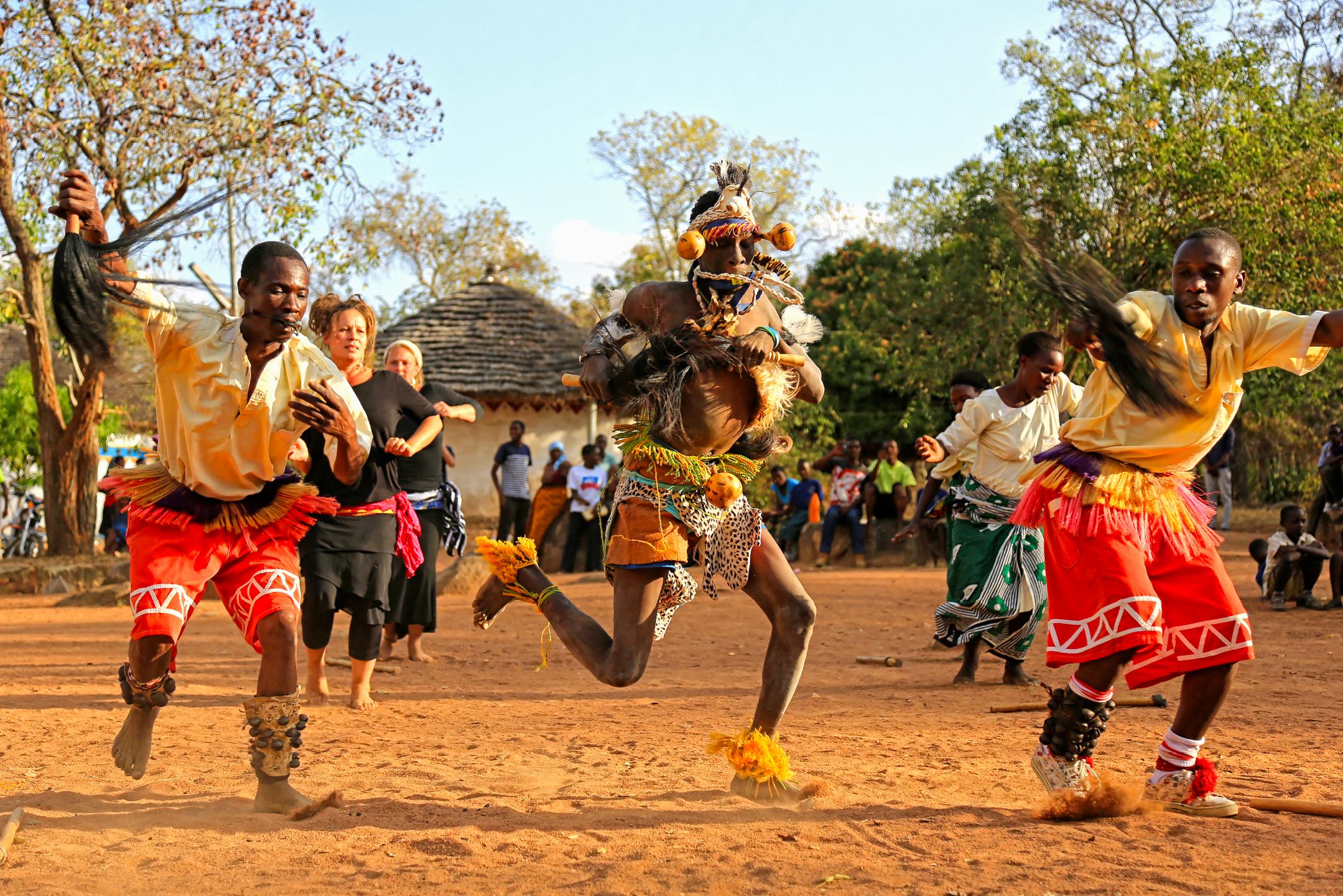 사람_전통춤, 탄자니아, 30.5 x 45