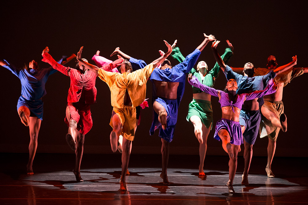 "DaytonContemporary Dance Company in ""Shed"" by Kiesha Lalama, 2013, photo by Jeff Sabo"