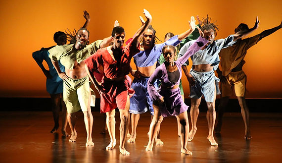 """Dayto Contemporary Dance Company performs crowd favorite """"Shed"""" by Kiesha Llalama drng a HBCU tour to Dillard Unversity fall 2017. Phto credit: Audrey Ingram"""