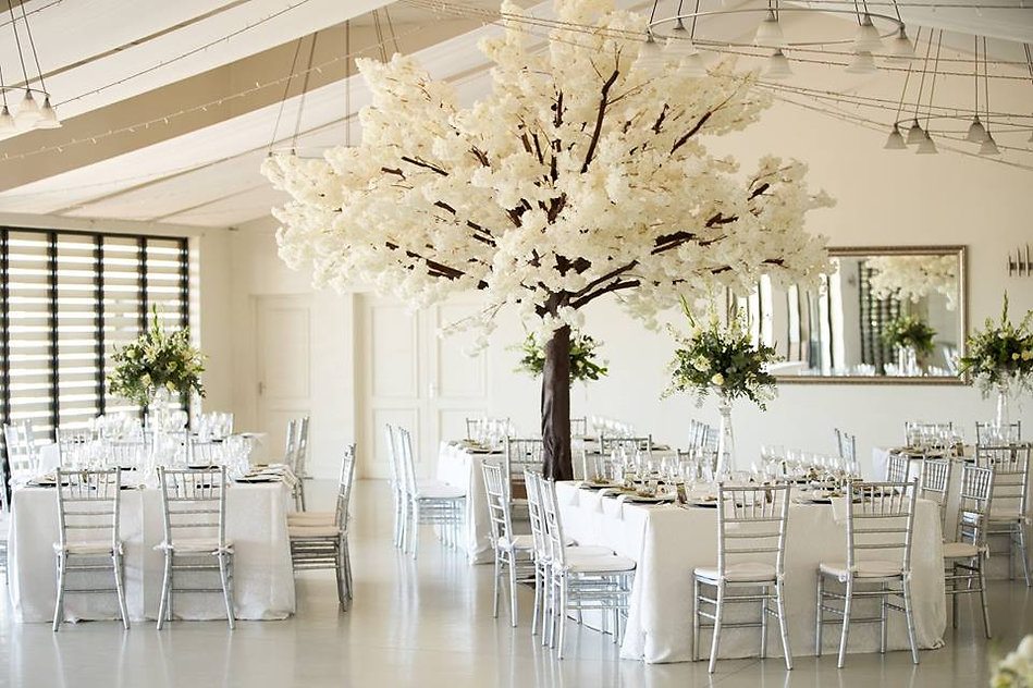 Kronenburg wedding decor