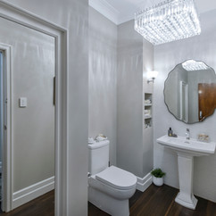 Hamilton Bathroom