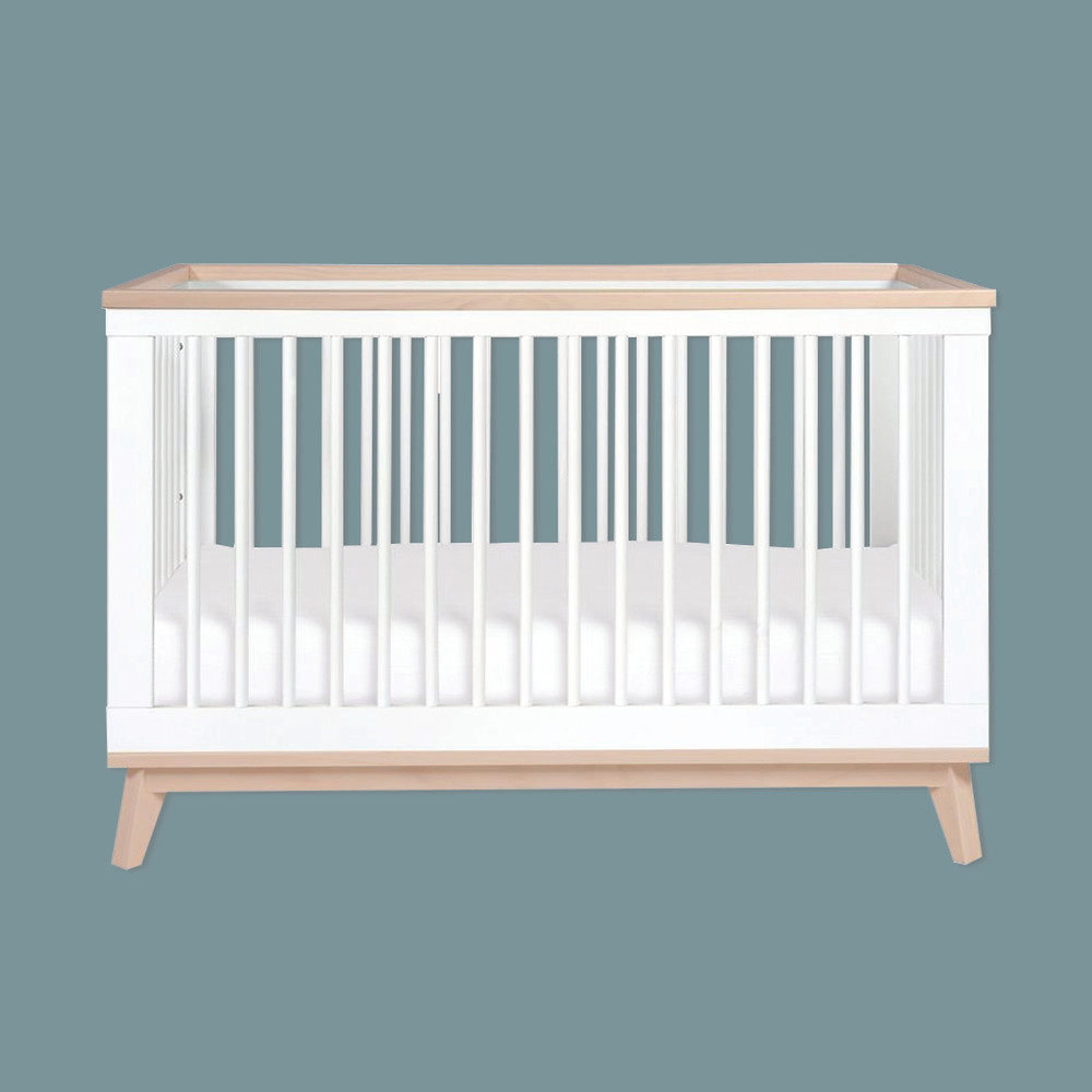 Scoot 3-in-1 Convertible Crib in white