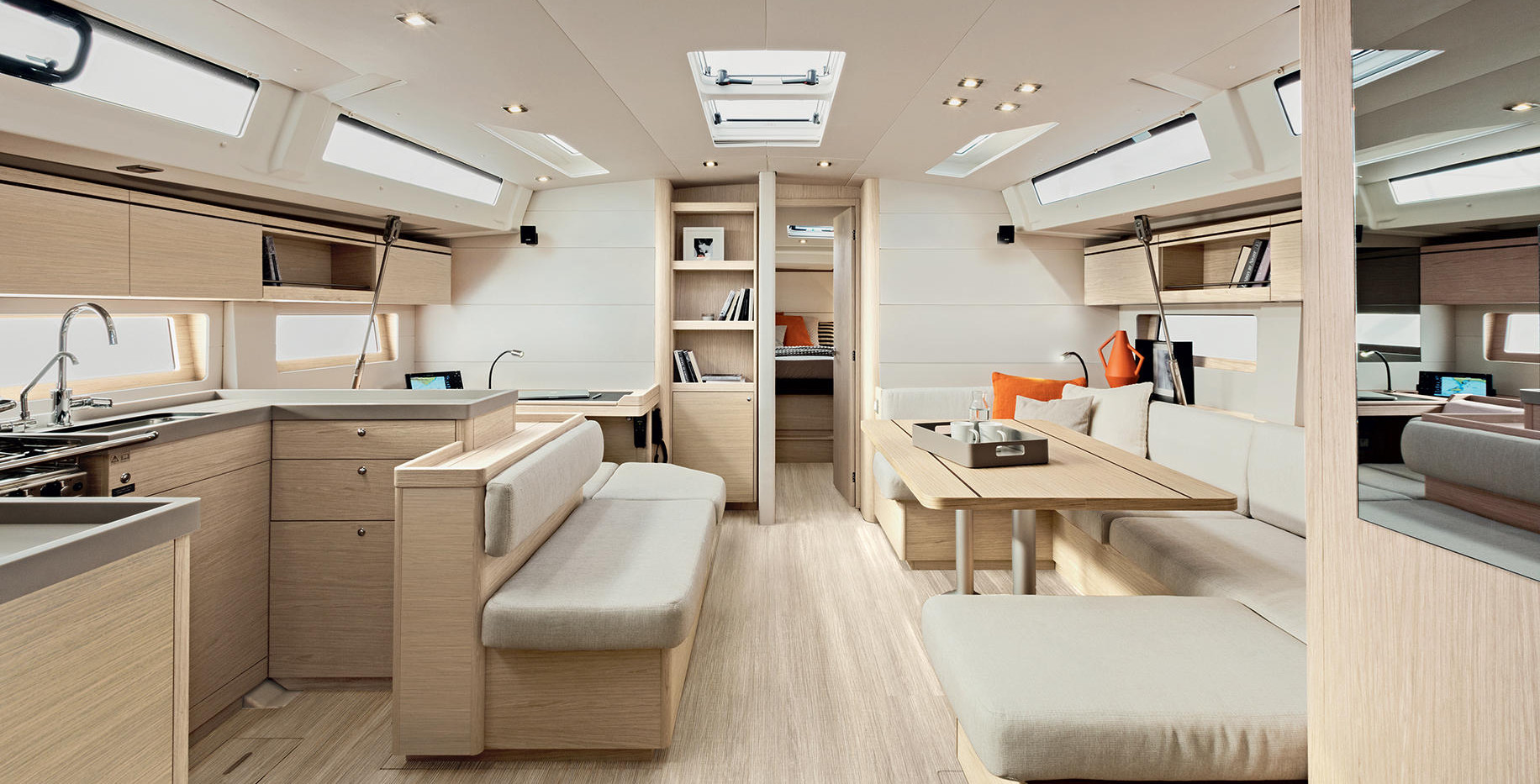 oceanis51.1_interieur_salon_0.jpg