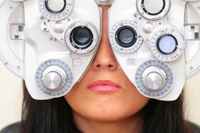 Indenização de R$ 100 mil a paciente cega após cirurgia de catarata