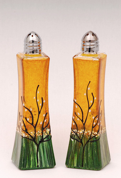 small salt and pepper shakers honey amber