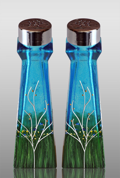 sapphire large salt and pepper shakers
