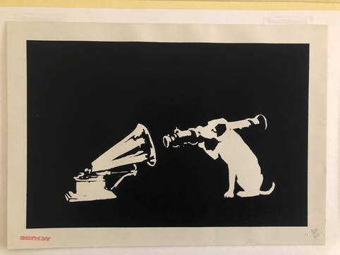 Banksy HMV copia.jpg