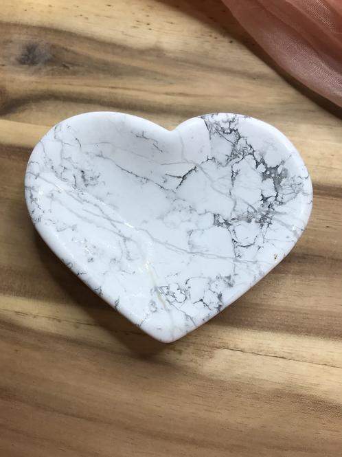Howlite Polished Heart Dish Sml