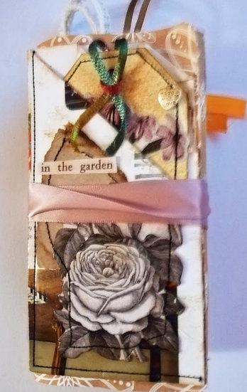 Small Journal - concertina
