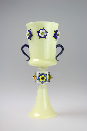 Daisy Chain- Loving Cup