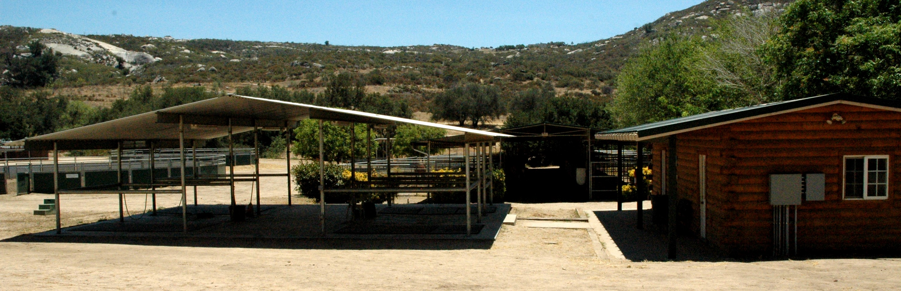 Cross Ties and California Stalls