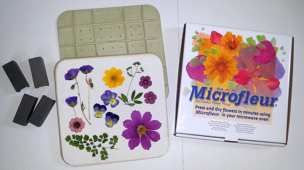 microwave flower press by Microfleur
