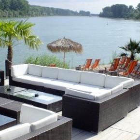 Urlaubsfeeling am Rheinstrand