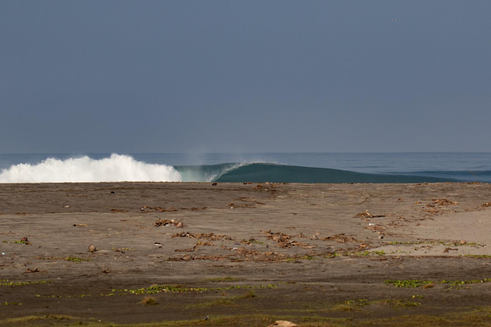 lai-beachbreak-sumatra-surf-trip.jpg