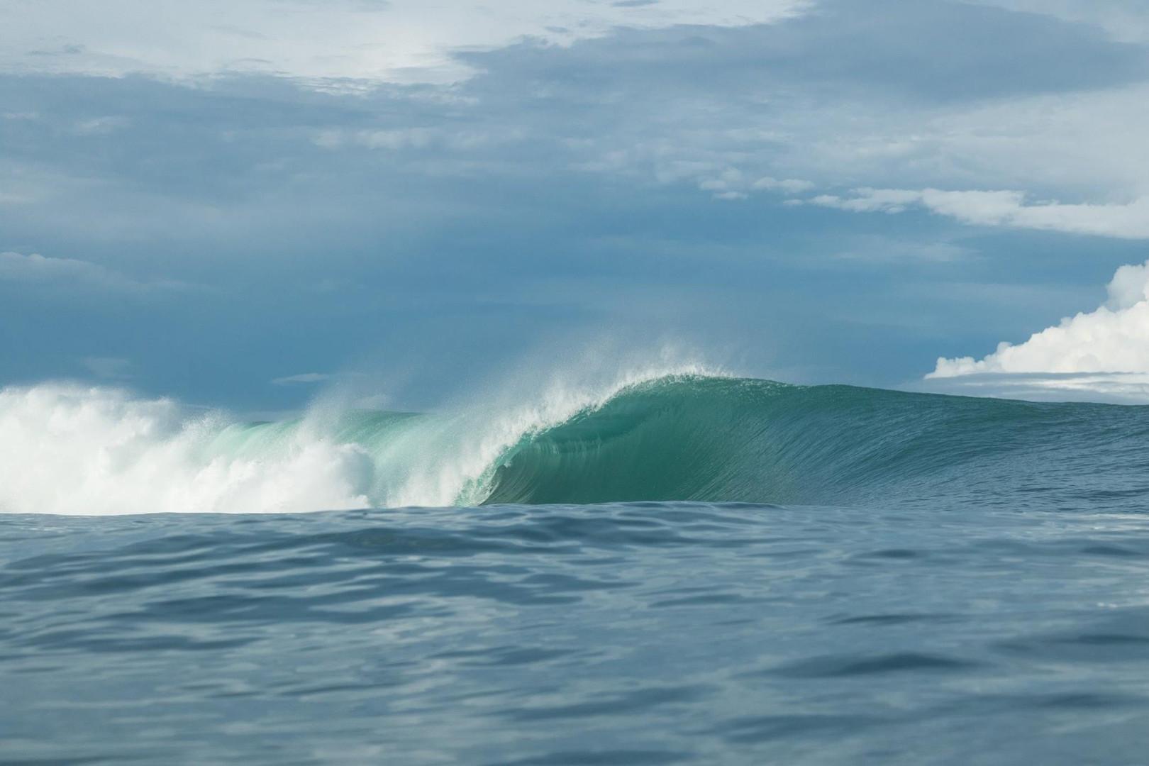 secret-sumatra-surf-spots.jpg