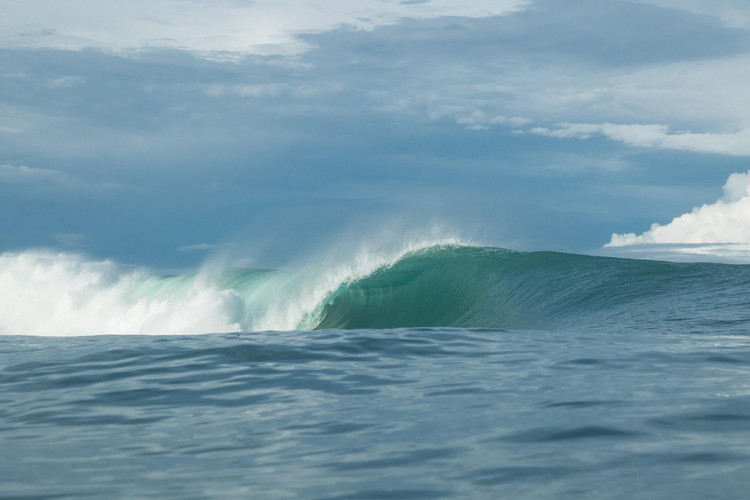 secret-sumatra-surf-spots.jpg