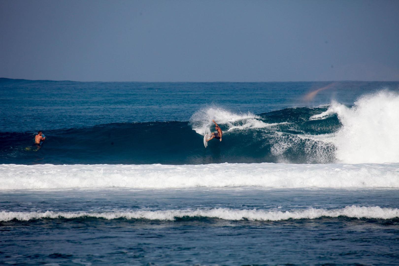 south-sumatra point-break-right-surf.jpg