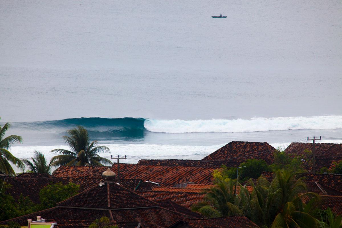 jennys-feb-krui-waves.jpg
