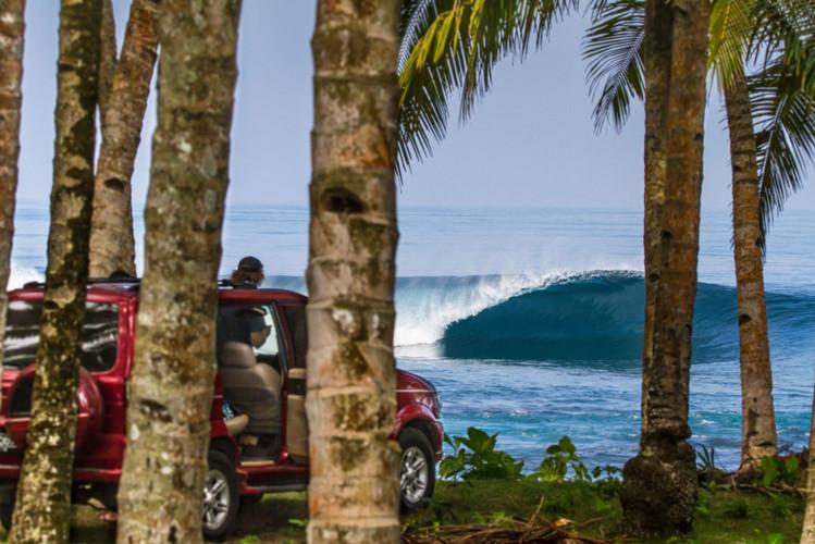 sumatra-surf-safari-honeysmacks.jpg