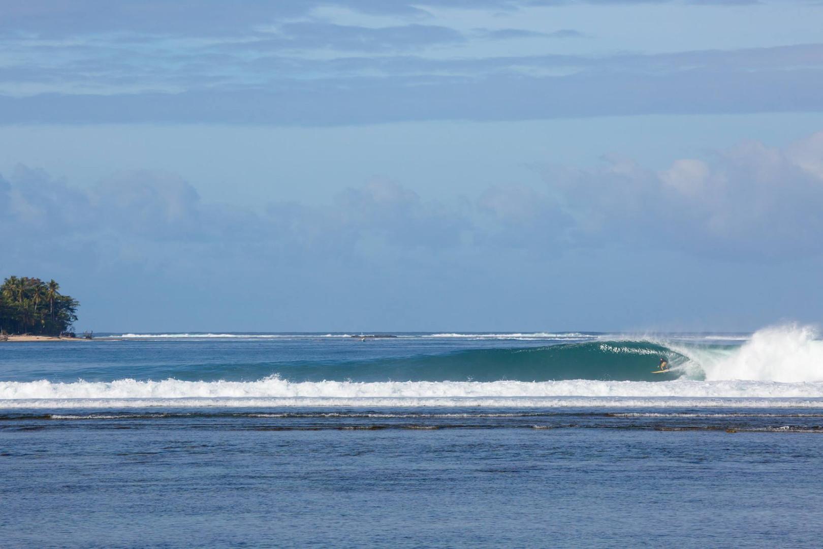 sumatra-surf-resort-krui.jpg