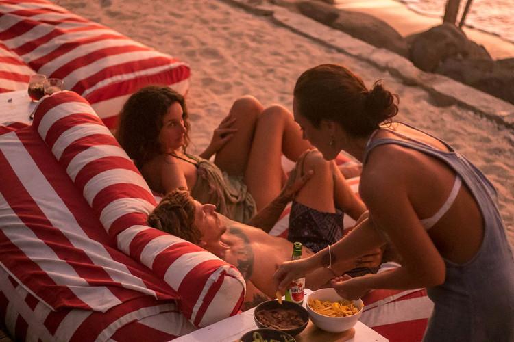 girls-pool-secret-sumatra-surf-trip.jpg