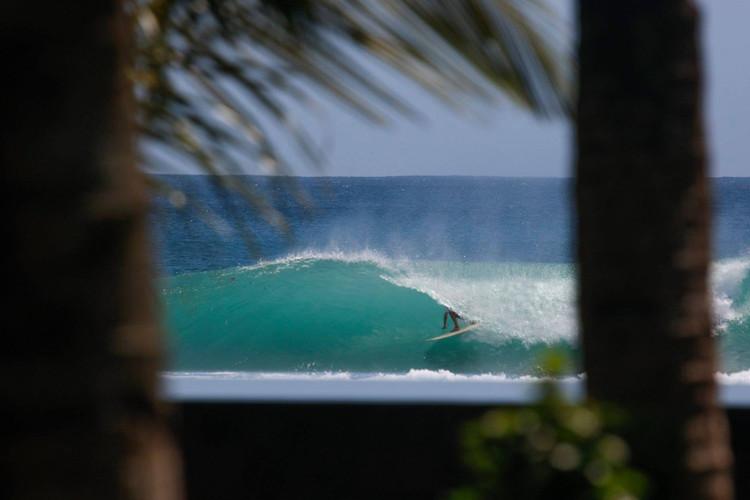 the-peak-krui-surf-camp.jpg