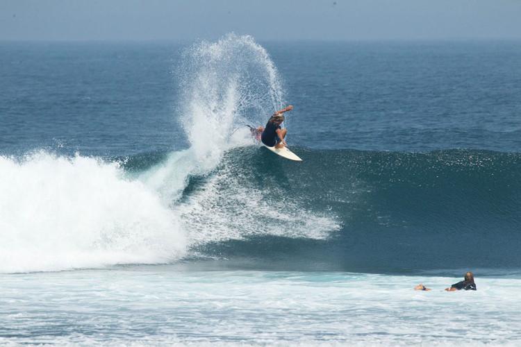 krui-surfing.jpg
