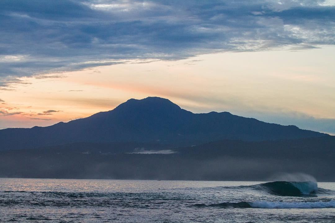 The-peak-krui-sumatra.jpg
