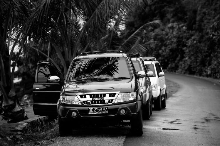 secret-sumatra-cars-krui-transport.jpg