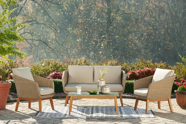 Outdoor Living - Fort Fisher 4pc Set