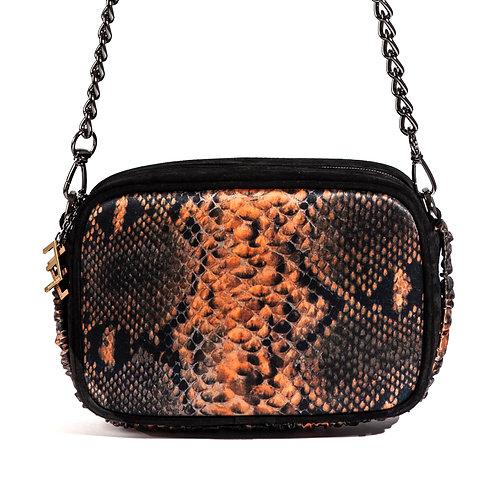 borsa a tracolla in pelle nera e setacon stampa animalier arancione