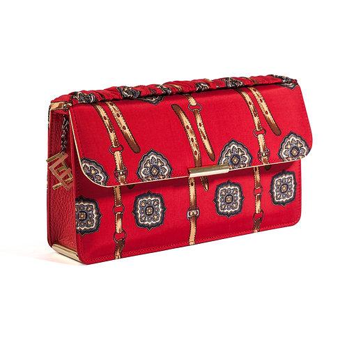 La borsa rossa perfetta per un cocktail o una cena natalizia