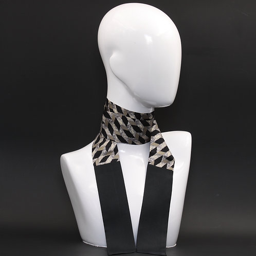 Foulard in seta nera Scalda collo