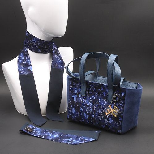 Borsa a spalla in camoscio blu e inserti in seta con stampa floreale, con tonalità blu e manici in vera pelle blu