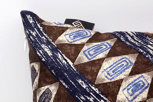 Cuscini di seta marrone con stampa etnicaper divani moderni