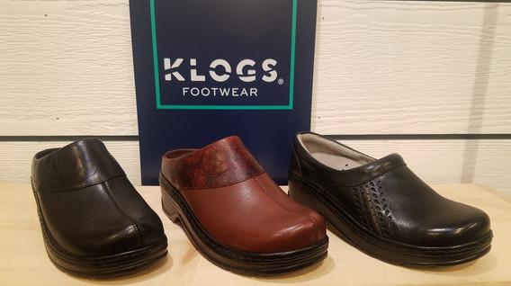 stitch and sole klogs mule
