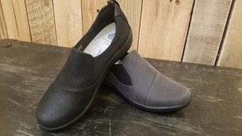 stitch and sole clarks slip-on
