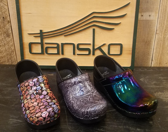 stitch and sole dansko professionals